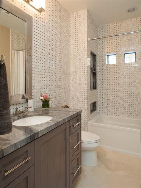 Cheap Bathroom Renovation Ideas pia banheiro granito cinza drew e jonathan scott inspire