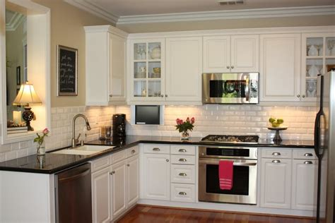 Kitchen Facelift Before And After A Fresh Kitchen Facelift Home Design Ideas