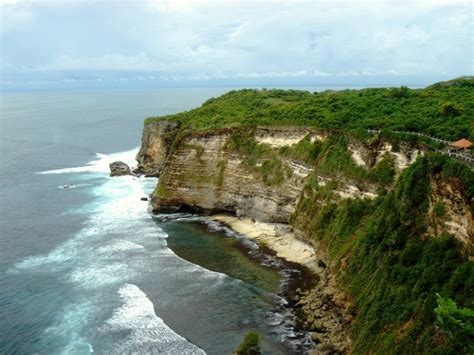 cliff bali uluwatu cliff bali a photo from bali nusa tenggara