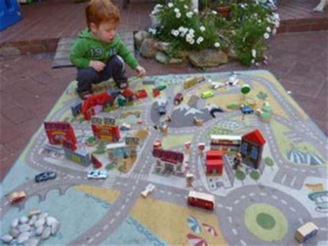 Lekplats Play Mat by Zen Road Rugs