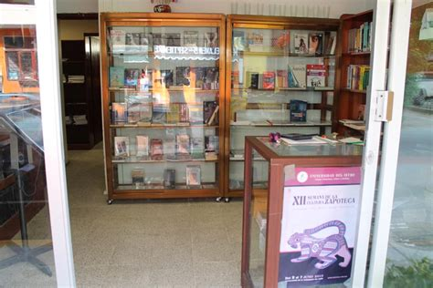 libreria universitaia unistmo