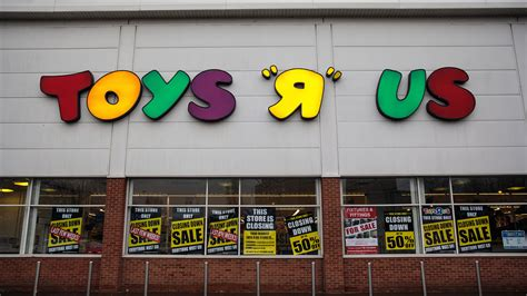 toys r us wants to return to the united states