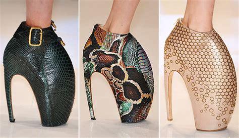 wild pattern heels the history of platform heels fabulous platform shoes