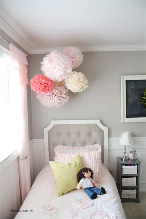 awesome Room Decor Ideas For Girls #2: Tissue-Pom-Poms-8.png