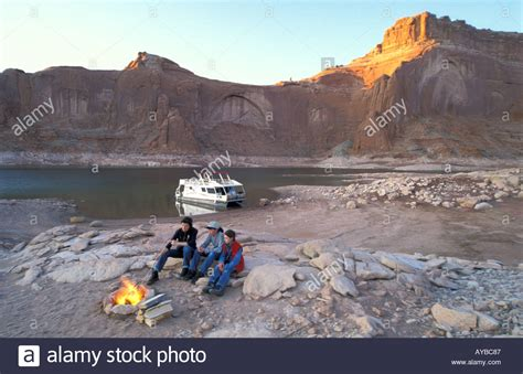 house boats colorado family at a cfire and houseboat on lake powell colorado