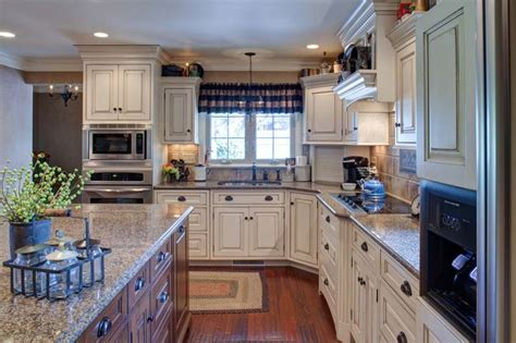 Weaver Stone & Cabinetry