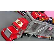 Cars Mack Truck Ramp Playset  Caminh&227o Falante Da Equipe Rel&226mpago
