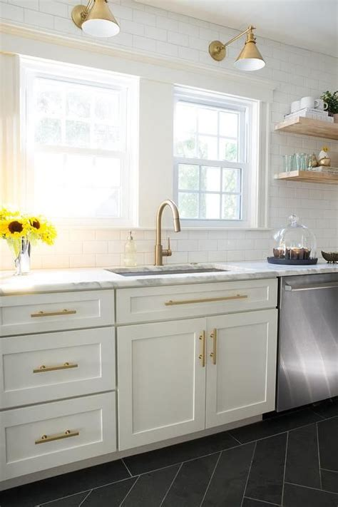 PENDANT LIGHTS AND SCONCES   Gold kitchen, White shaker