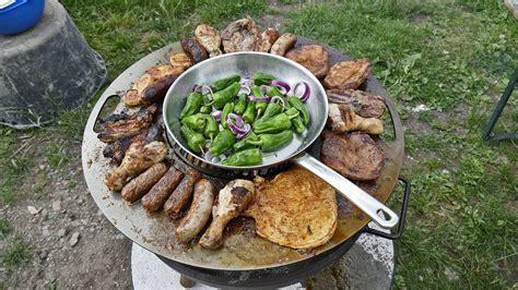 feuerschale mit grillplatte czaja stanzteile barbecue mit der grillplatte auf der