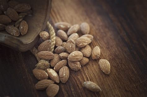 almonds before bed 36 delicious foods that will fill your stomach and help