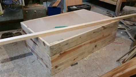 tableau magn騁ique pour cuisine table basse fait maison de palettes et bois flott 233
