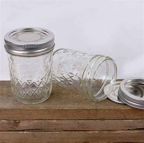 8 Oz Quilted Jelly Jars 12 8 oz qulted jelly jars with lids bands