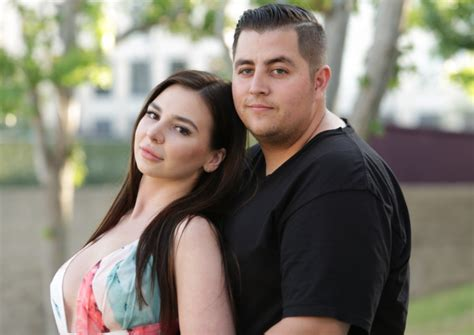 video photos 90 day fiance season 4 cast names and where theyre form 90 day fiance season 4 recap episode 9 anfisa kicks out