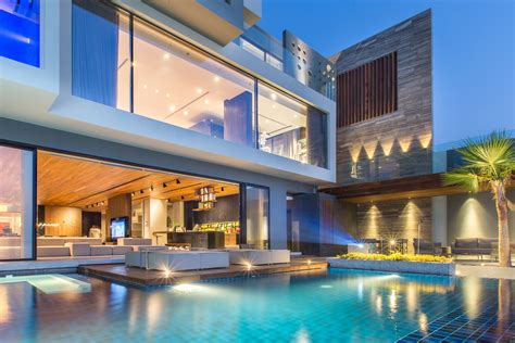 modern oceanfront luxury villa in bahrain idesignarch