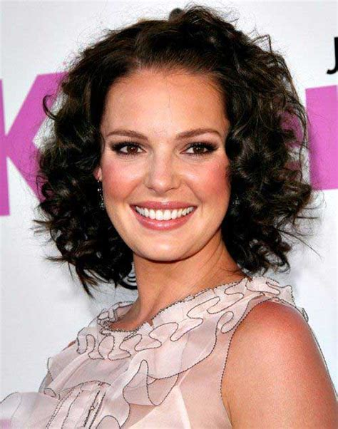 hair styles for an oval 10 super short curly hairstyles for oval faces short