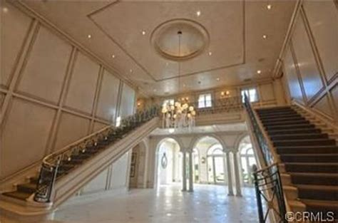 heather dubrow new house heather dubrow sells her o c estate staircases