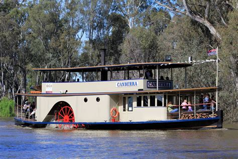 paddle boats canberra ps canberra murray river paddlesteamers