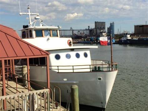 ship 休斯頓port of houston authority m v sam houston boat - Sam Houston Boat Tour