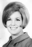 bubble haircut photo 1000 images about hairstyles on pinterest jane fonda