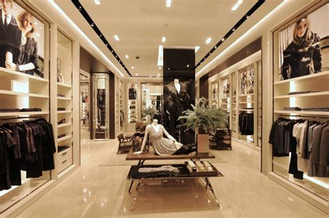 luxury designer fashion burberry store singapore 187 retail design
