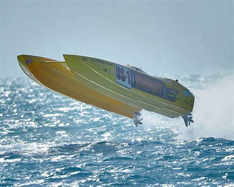 cigarette boat fastest 282 best cigarette boats images on pinterest motor boats