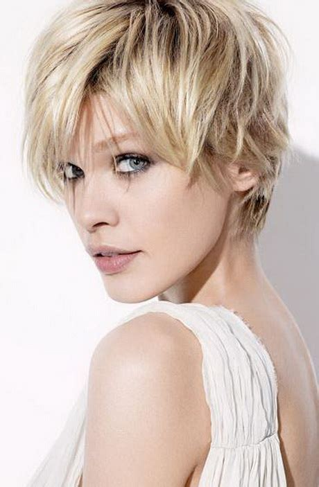 short haircuts for women in their late 20s women in their late 40s hairstylegalleries com