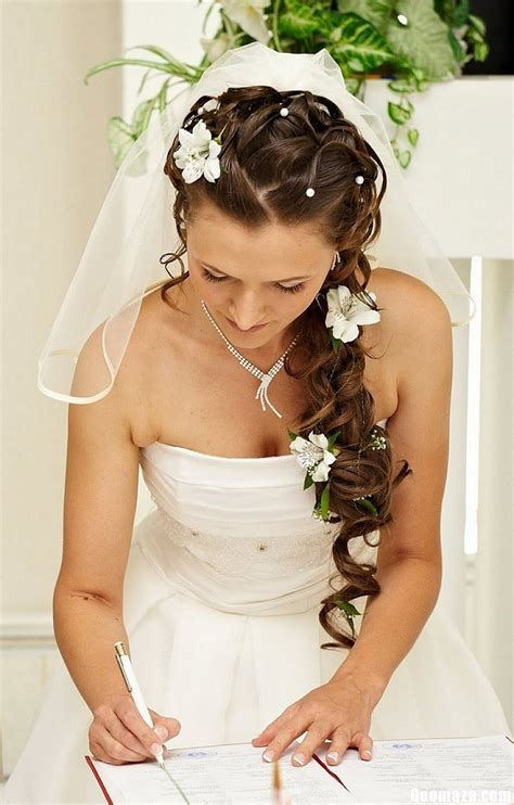 bridal hsirstyle back side unique wedding hairstyles for long hair wedding braided
