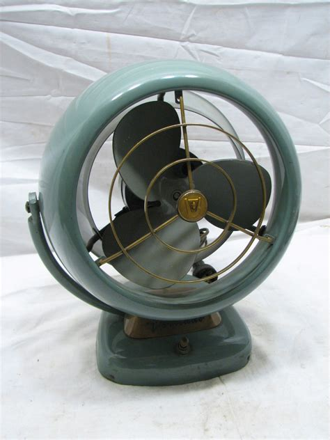 Modern Desk Fan Vintage Vornado 6 Quot Deco Mid Century Modern Desk Fan D16c1 1 D50 Atomic Ebay
