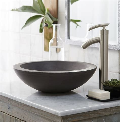 toilet bowls for small bathrooms best 25 vessel sink ideas on pinterest