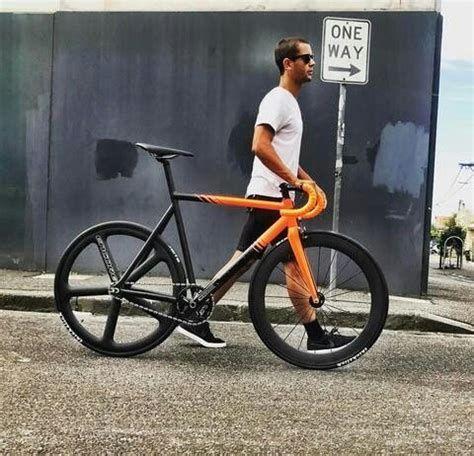 best fixed gear frame best 25 bicycle paint ideas on fixie