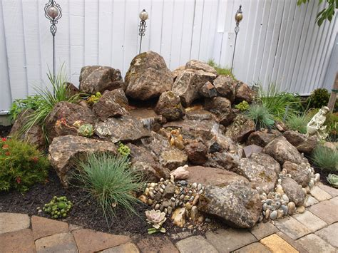 Garden Rock Features Small Moss Rock Water Feature