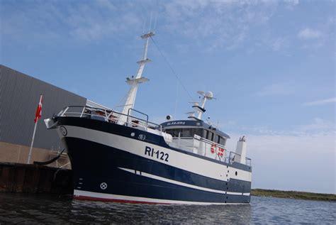 fishing vessel deck equipment shipyard new build maintenance and boat repair