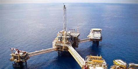 Minyak Bumi indonesia defisit minyak bumi 608 000 barrel per hari