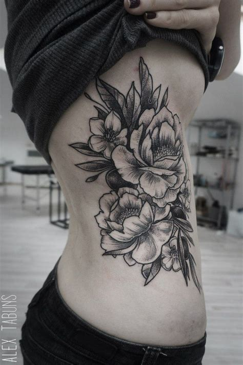 tattoo cover up ideas for ribs tattoo flower tattoo pinterest beautiful fleur et
