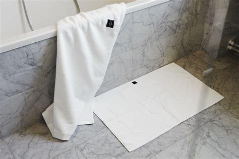 Hotel Bath Mats by La Mienne Shop Bath Mat Bk Hotel White