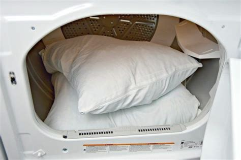 washing bed pillows 25 best ideas about wash pillows on pinterest whiten