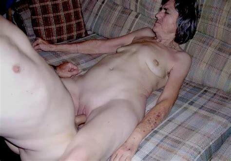 Free video porno mature women