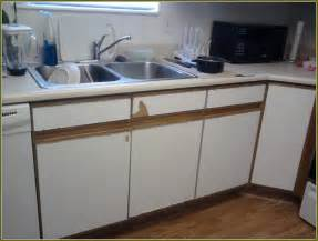 formica laminate kitchen cabinets painting formica cabinets before and after pictures home design ideas