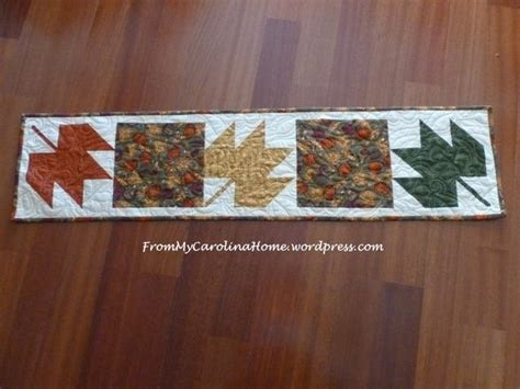 leaf pattern table runner three maple leaves table runner favequilts com