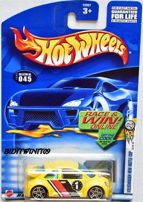 Set Of 2 Hotwheels Volkswagen Beetle Tooned Hw Wheel wheels 2002 volkswagen new beetle cup 045 yellow ebay