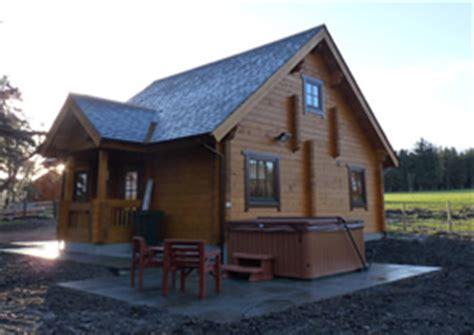 luxury log cabins accommodation in speyside moray