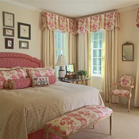 Pink Valances Bedroom I Ve Used The Scallop With Inset Pleat Valances Like This