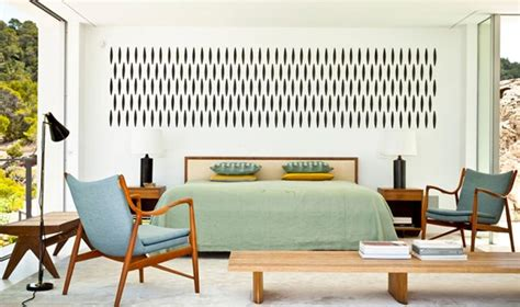 mid century bedrooms 18 vivid and chic mid century bedroom design ideas rilane