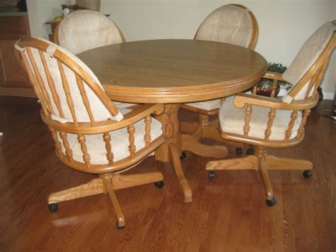 kitchen table and chairs 75 00 craigslist