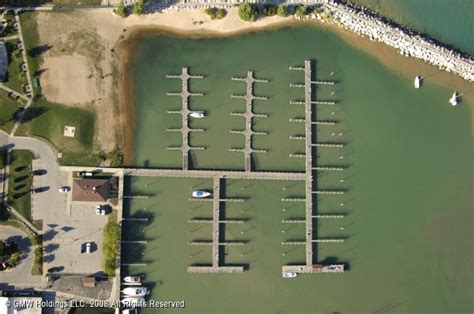 boats for sale in lexington mi lexington state harbor in lexington michigan united states