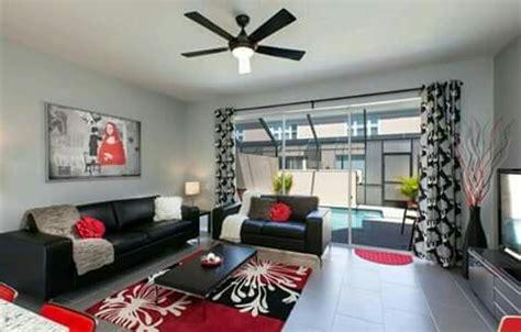 negro gris blanco  rojo salas en  decoracion de