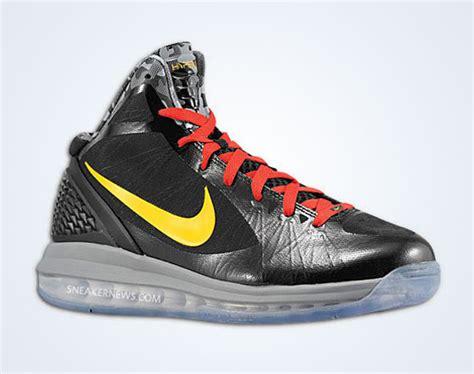 chris bosh basketball shoes nike air max hyperdunk 2011 chris bosh pe s available