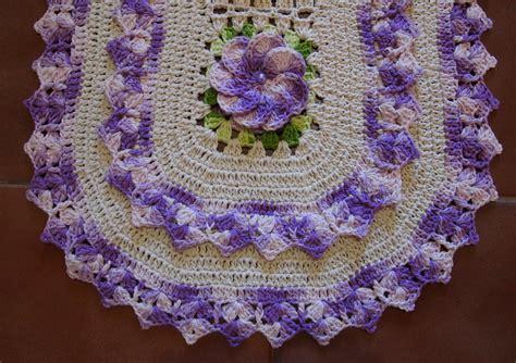 croche oval bico duplo tapete com flores jogo de banheiro croche oval tapete oval bico duplo lilas croches da elsa elo7
