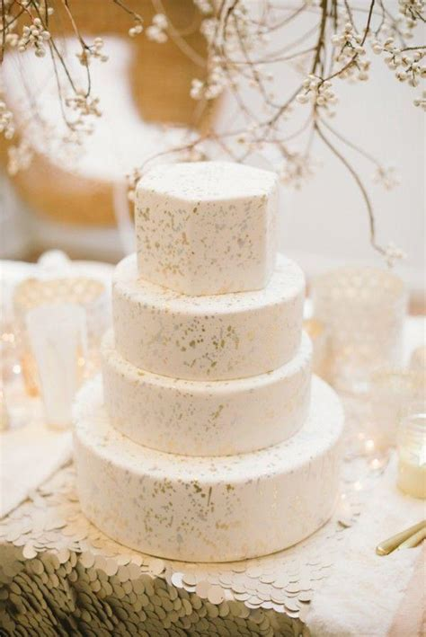 Modern Wedding Cakes by Modern Wedding Modern Wedding Cakes 2087121 Weddbook