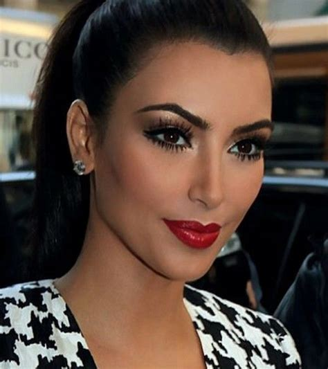 kim kardashian smokey eyes part 3 apllying eyeshadow kim kardashian smokey eye google search beauty queen